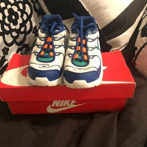 Nike toddler air max